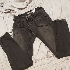 Levi's Slouch Skinny 504 Characol Black Size 3M